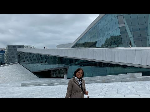 Opera house in Oslo with Marisse