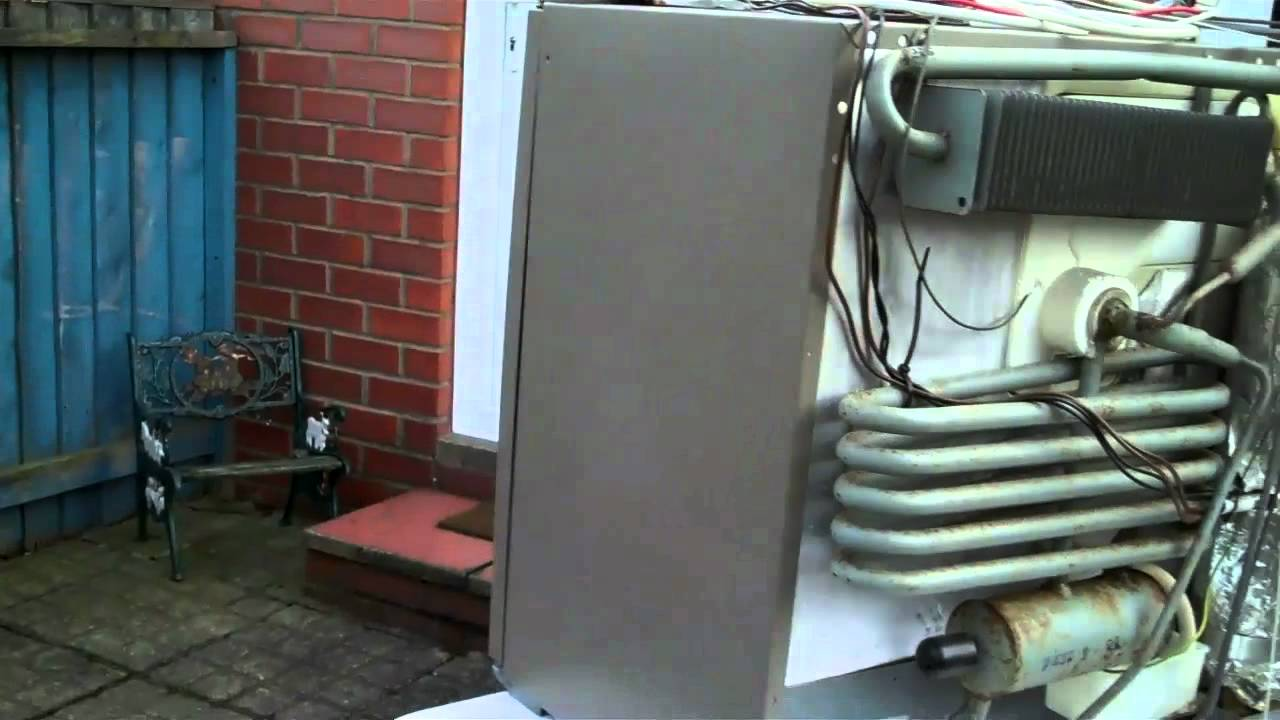 Electrolux Fridge RM212 - YouTube