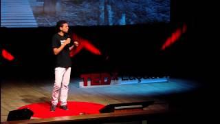 O medo de ser humano: Luti Guedes at TEDxLacador