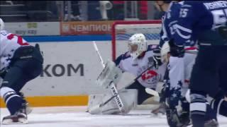Biryukov stops Fyodorov with his blocker