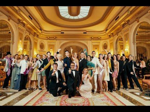 Download Presentación del musical Cantando Bajo la LLuvia en el Hotel El Palace Barcelona