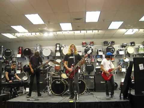 ROCKamp 2012 - Sam Ash Music Store in Torrance ( 3 )