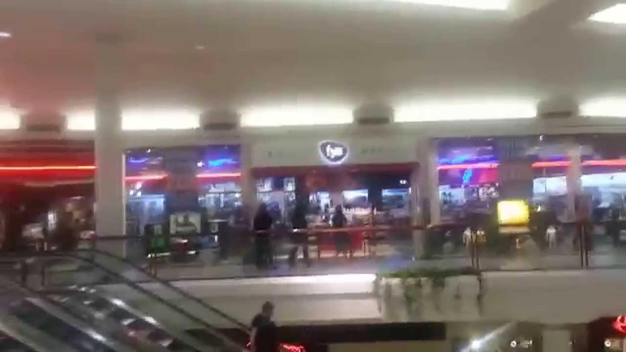 Fairfield Commons Mall in Beavercreek, Ohio on a Saturday Evening