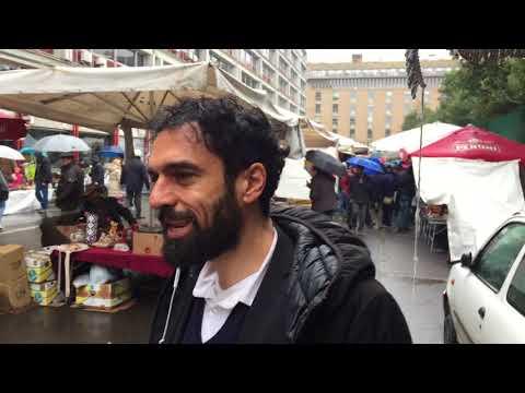 Venditore comico al mercato di porta portese doovi - Porta portese milano ...