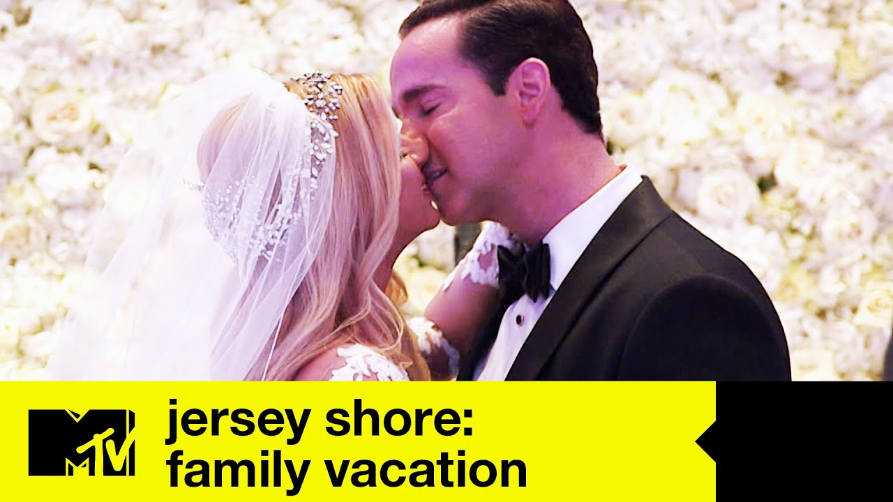 Mike Sorrentino and Lauren Sorrentino's Wedding Ceremony | Jersey Shore Family Vacation 2