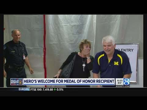 Hero's welcome for Medal of Honor recipient