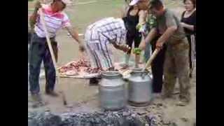 Mongolian khorkhog Part 1(It is cooking traditional mongolian khorkhog Приготовление монгольского блюда хорхог., 2013-09-30T18:29:03.000Z)