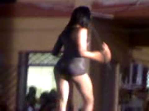 Girl Dancing To Beyonce Single Ladies