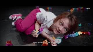De Vijfde van Ludo, Stacey's teaser