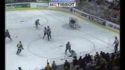 Niko Kapasen maali Ukrainaa vastaan (Jääkiekon MM 2004)