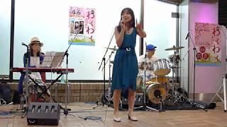 シンガーソングライターの松下恵美さん①(飯田橋ラムラ)