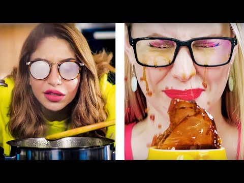 ANNOYING THINGS PEOPLE WITH GLASSES UNDERSTAND    Relatable And Funny Struggles By 5-Minute FUN