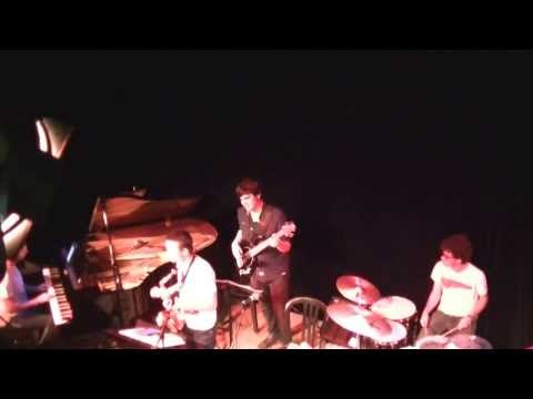 JAZZ PUZZLE 2013 streaming vf