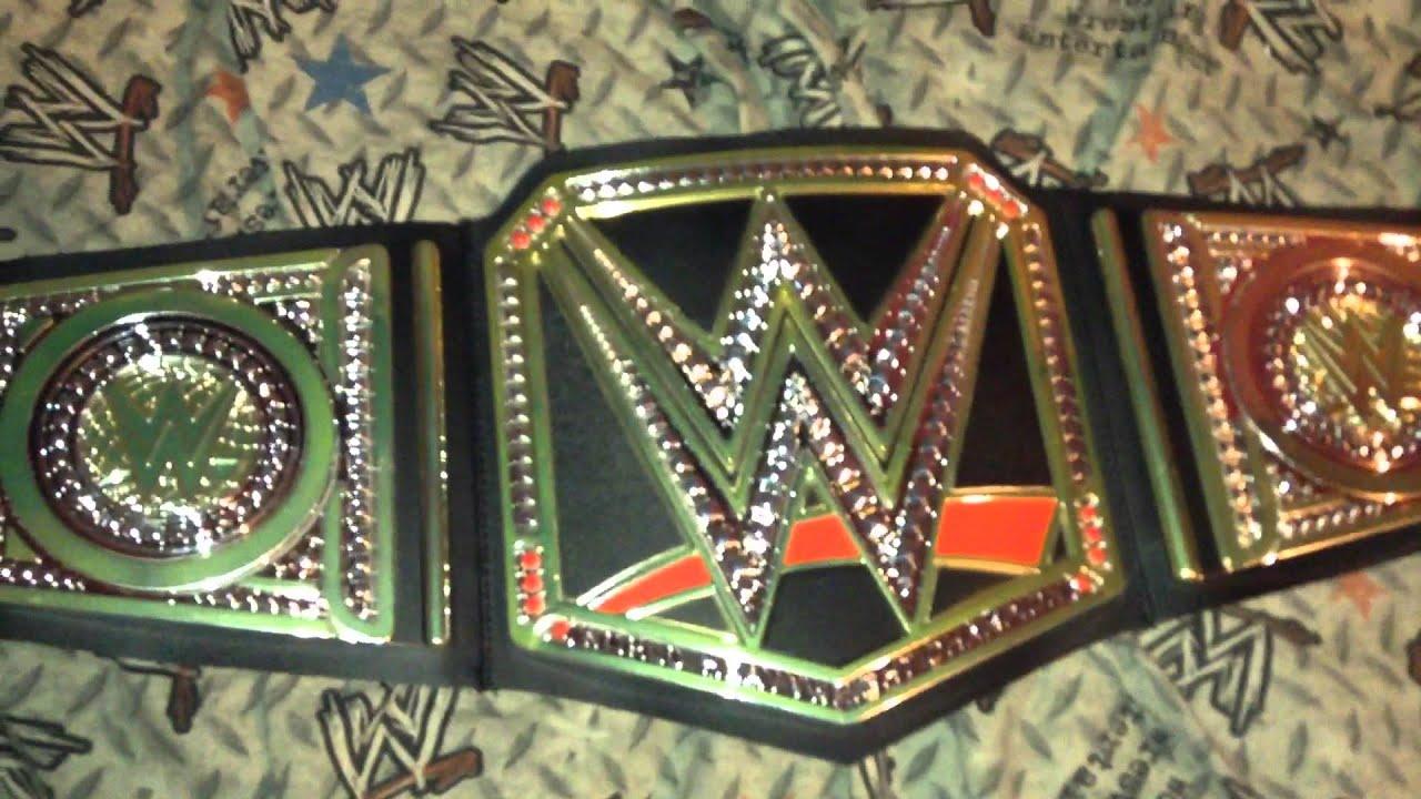 Review of the WWE World Heavyweight Championship Mattel ...