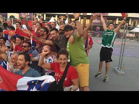 Ludilo u Istanbulu,Srbi i Slovenci zajedno skaču i pevaju #EuroBasket2017