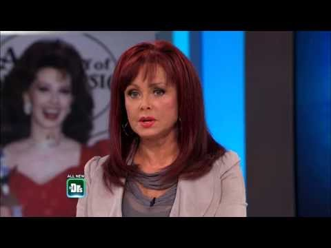 Naomi Judd's Struggle with Panic Attacks -- The Doctors - YouTube