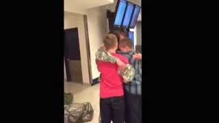 Thanksgiving homecoming surprise for brothers