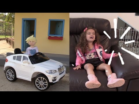Elsa briga com a Nina e foge de casa - Elsa fight with Nina going to live playhouse
