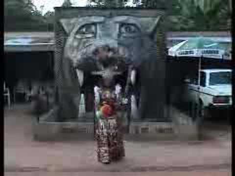 Queen Theresa Onuorah - Nne Na Nwa Adieseokwu