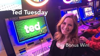 Ted Tuesday! Ted Slot Machine! Bonuses! Top Flash Bonus symbol BIG WIN!!!