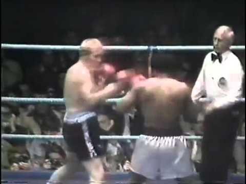 Download Muhammad Ali vs Richard Dunn   1976 05 24   Full Fight
