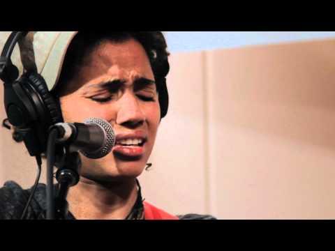 Nneka - Lost Souls (Live on KEXP)
