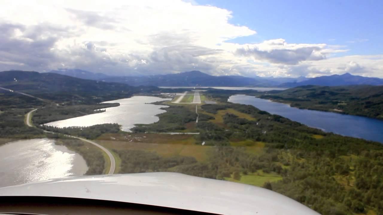 Arctic Flight| Harstad/Narvik Evenes Arrival | Cirrus SR20 - YouTube