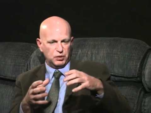 """Les Young (High-rise Architect) - """"9/11 Explosive Evidence - Experts speak out"""" (AE911TRUTH)"""
