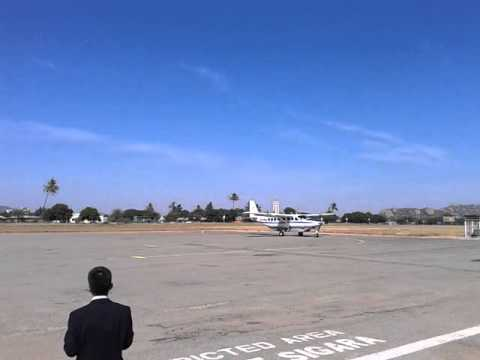 FlightLink Cessna 208B Arriving in Dodoma Airport