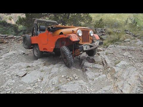 Cerro Aspero, travesía todoterreno 4 x 4 en Jeep IKA al Pueblo Escondido