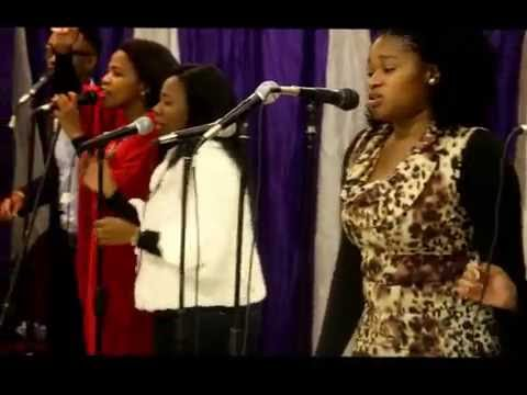 Gift Modise, Mpho Modise & The Family of Worshippers - Cover me