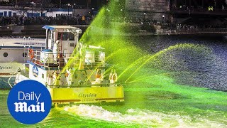 Chicago River turns bright green for St Patrick's Day - Daily Mail
