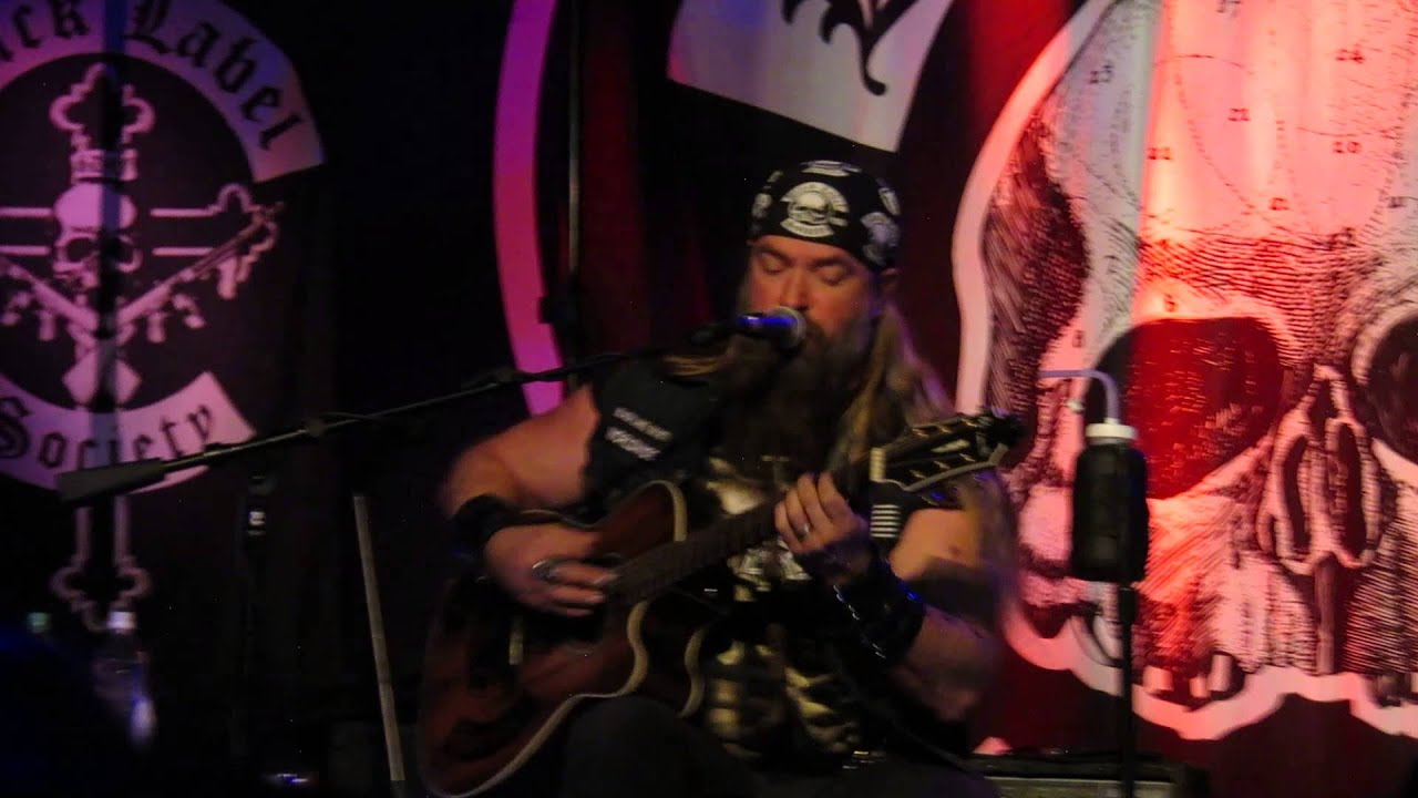 zakk wylde plays the electric acoustic guitar like nothing you have ever seen brilliant youtube. Black Bedroom Furniture Sets. Home Design Ideas