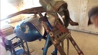 Тюнинг мотоцикла// УРАЛ// Очередная подготовка к покраске началась.