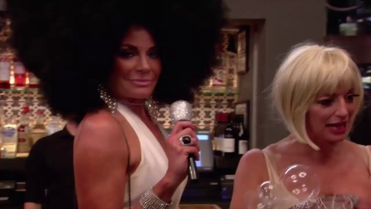 luann apologizes for the diana ross costume she wore on rhony