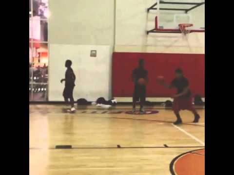 Tre Mason dunk