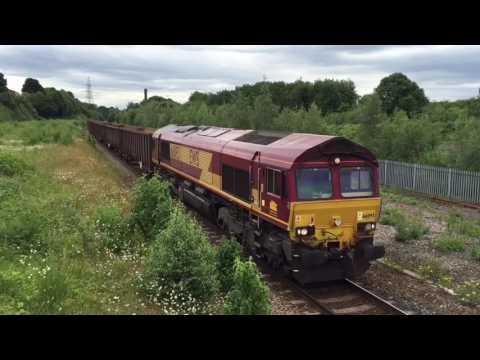DB 66093 passes through Normanton on 6Z27 4/7/16