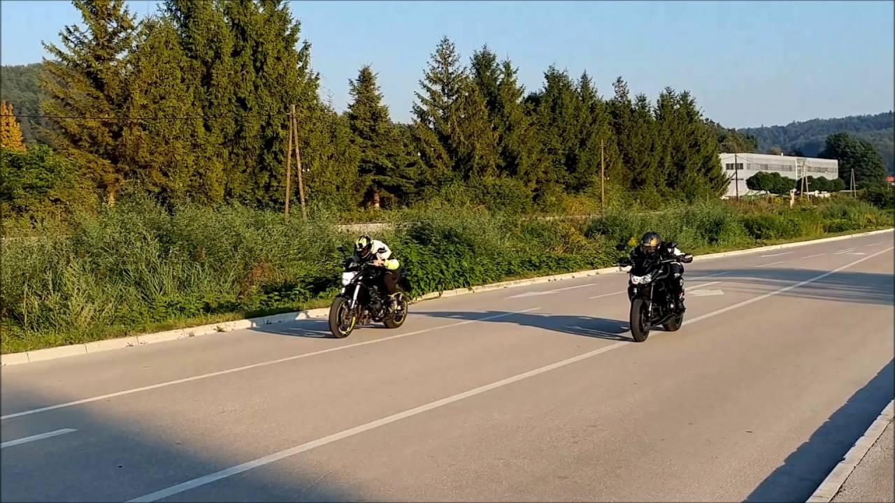 Honda Hornet Cb600f Vs Kawasaki Z750 Drag Race Amazing Sound Youtube