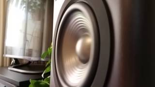 JBL Studio 230 - Bass I Love You