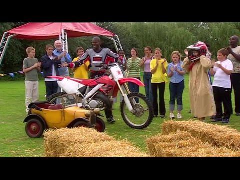Brum 501 | STUNT BIKE | Kids Show Full Episode