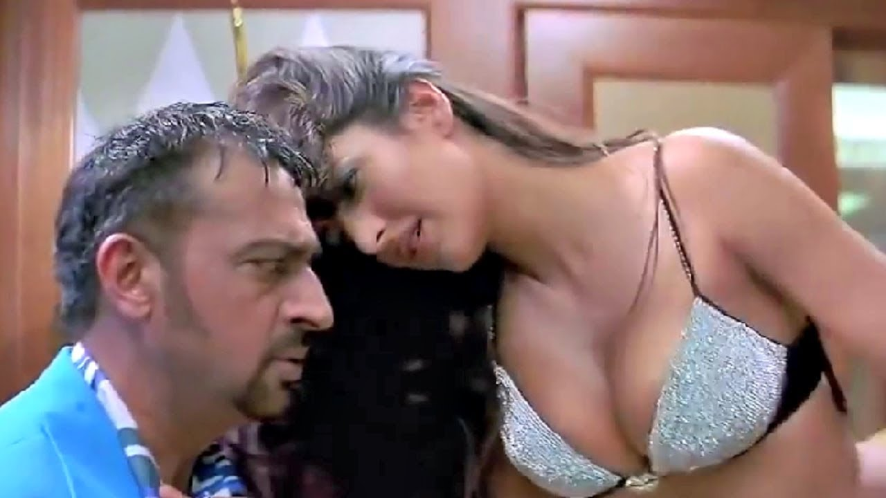 Katrina Kaif Hot In Boom With Gulshan Grover - Youtube-7056