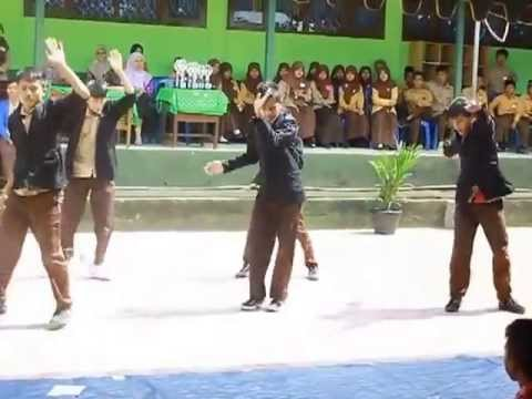 exo k mama dance cover by exo n (negasi)