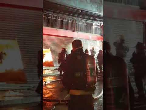 Gigantesco incendio en el centro de Antofagasta dejó más de 50 locales comerciales afectados