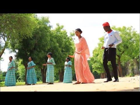 Download Chinese students dance to Rahama Sadau's Rariya song