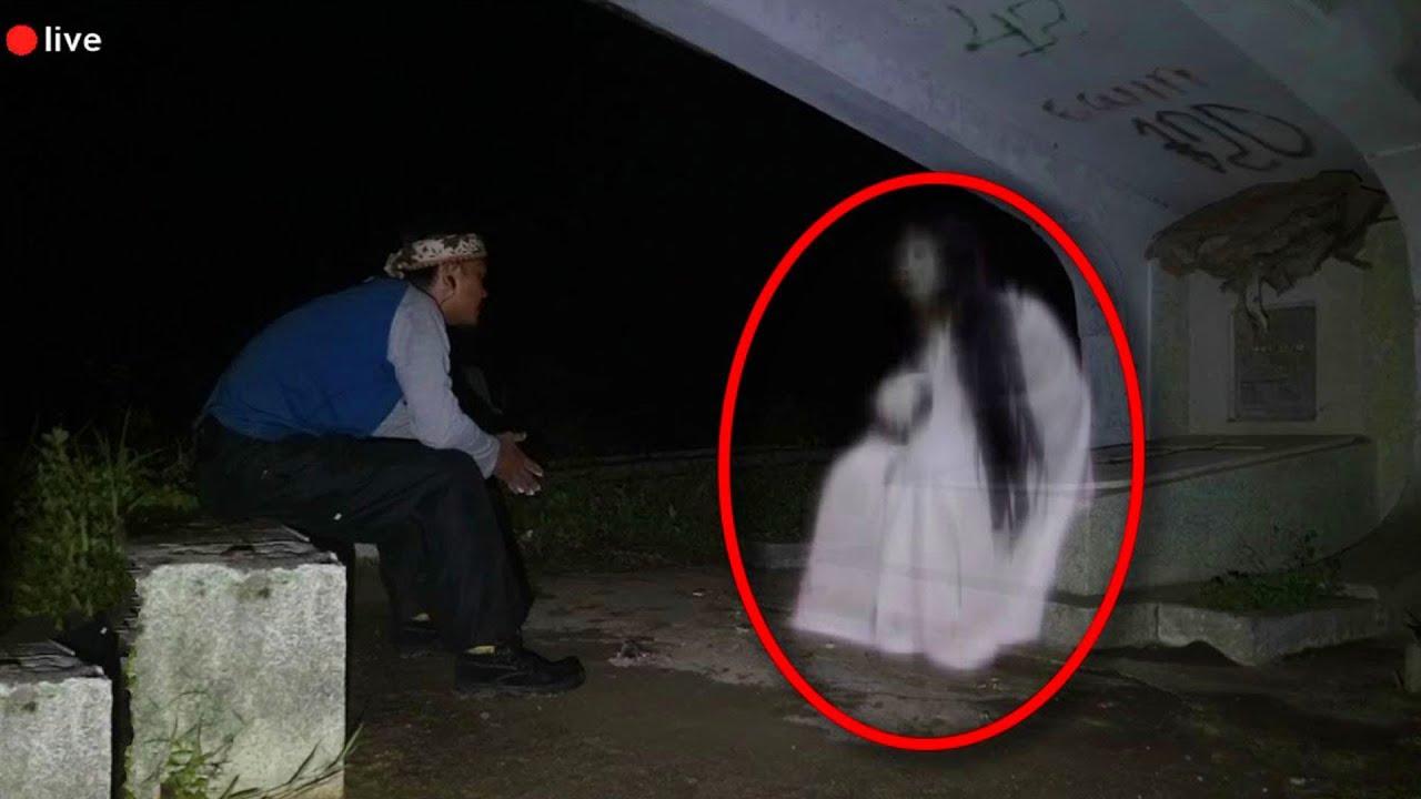 Download 10 Videos de Fantasmas que te Pondrán a Rezar