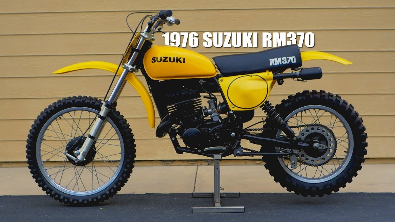 New 1976 1977 1978 Suzuki RM 250 Complete Seat Assembly