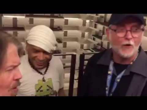 Ren & Stimpy Bob Camp, C. Martin Croker, & Frylock actor Carey Means sing Superchicken