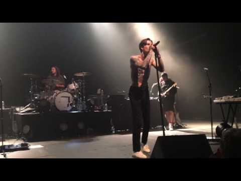 "The Neighbourhood ""Jealousy"" Live (Dallas, Texas)"