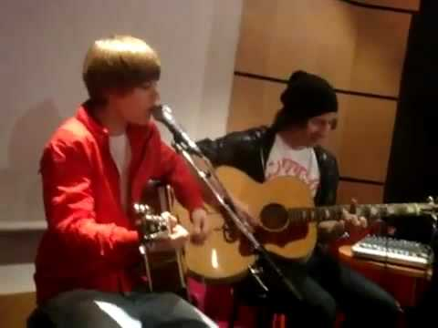 Justin Bieber Because of You @ Universal In Paris on Feb 23 2010.