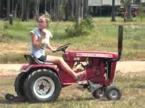 Wheel Horse Pulling Tractor Youtube